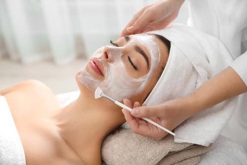 Best Facial & Brazilian Waxing Services in Rockville MD #brazilian #wax #facials #beauty #beverlyhills #BevHillsMag #beverlyhillsmagazine #beauty #skincare #antiaging
