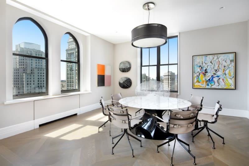 Fit For #Royalty: 212 Fifth Ave #Crown #Penthouse #NYC #dreamhomes #realestate #homesforsale #newyork #madisonsquarepark #212fifthave #fifthave #beverlyhills #beverlyhillsmagazine #luxury #exclusive #luxurylifestyle #beautiful #life #beverlyhills #BevHillsMag