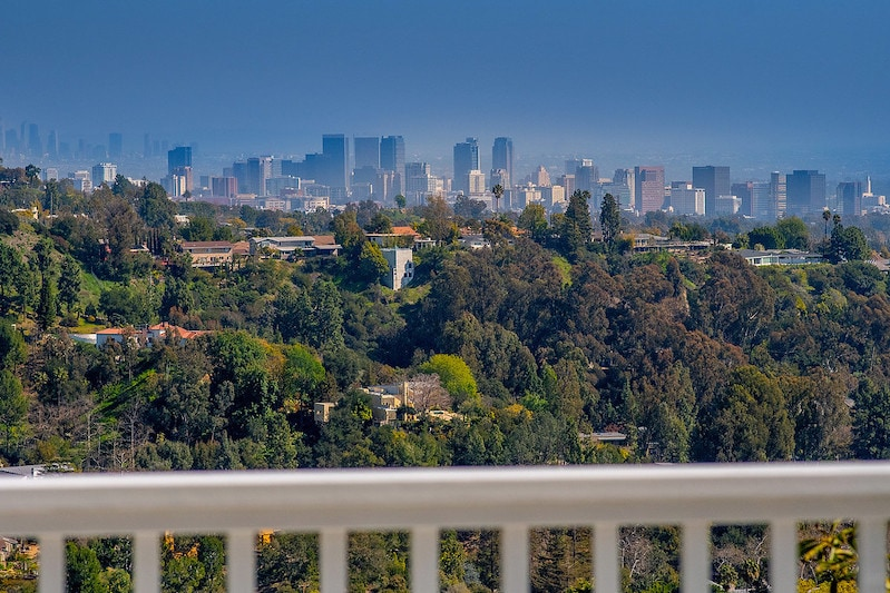Sex and the City's Kristin Davis's Brentwood Home