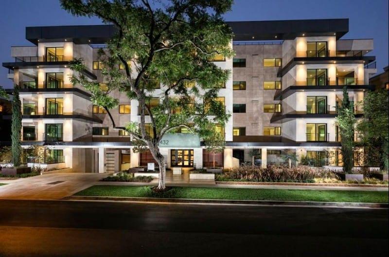 90210 Luxury Homes