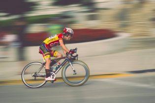 Biking Los Angeles: Best Places To Bike in LA #losangeles #beverlyhills #biking #bikes #bikeinLA #bevhillsmag