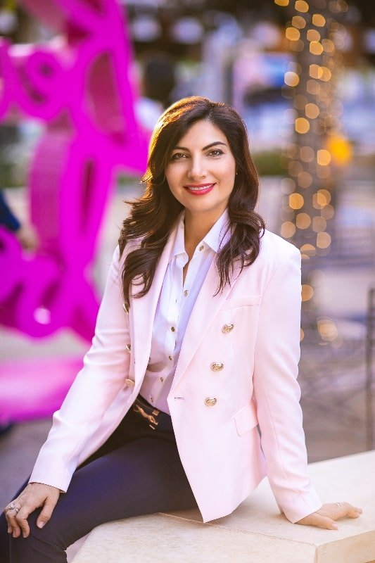 Jennie Levin: Personifying Personal Injury Law #legal #lawyers #beautiful #business #attorney #beverlyhills #beverlyhillsmagazine #BevHillsMag