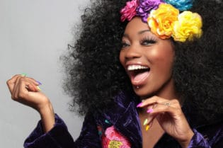Best Fake Hair For African American Women #beauty #hair #hairstyles #hairextensions #curlyhair #afro #africanamerican #blackgirls #beautiful #bevhillsmag #beverlyhills #beverlyhillsmagazine