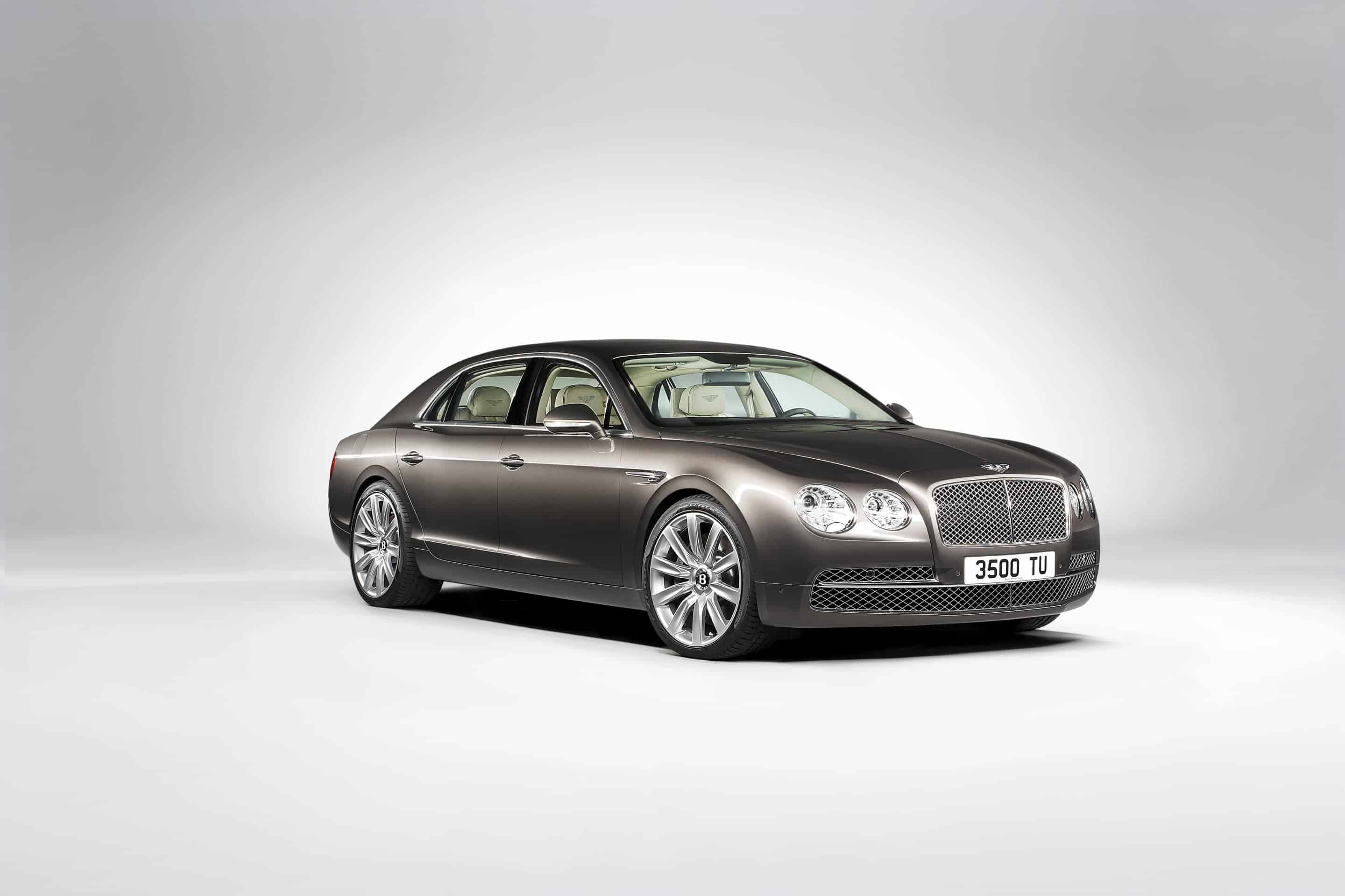 Bentley-Flying-Spur-Rich-Cars-Car-Magazine-VIP-Style-Cars-Dream-Cars-Most-Expensive-Cars-Beverly-Hills-Magazine