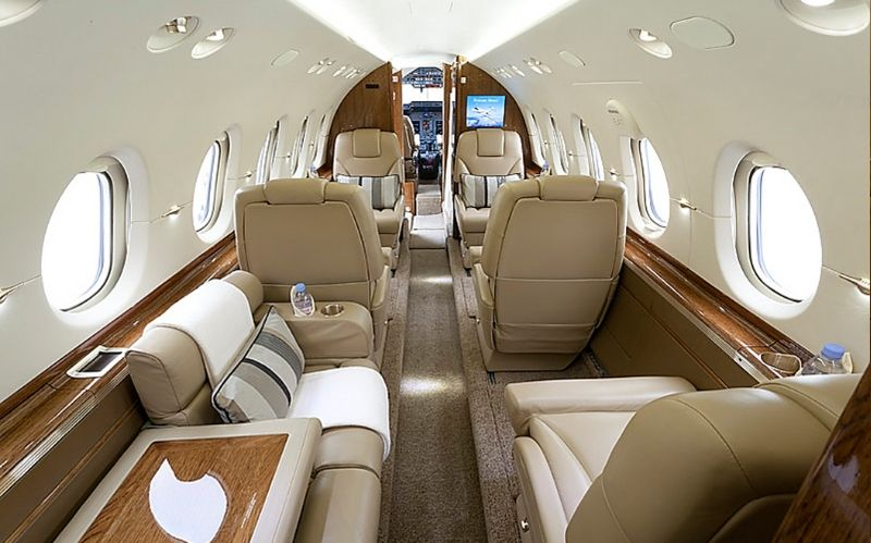 Midsize Jumbo Jet The 2011 Hawker 900xp #jet #jetlife #jetcharter #luxuryjet #buyajet #beveryhills #beverlyhillsmagazine #bevhillsmag #hawker #2011hawker900xp #hawker900xp #beechcraft900xp #beechcraft
