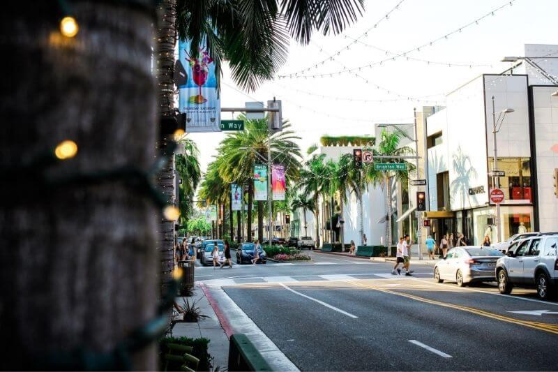 3 Beverly Hills Property Developments Focusing On Sustainable Design: #beverlyhills #beverlyhillsmagazine #propertydevelopments #sustainabledesigns #beverlyhillspropertydevelopments #ecofriendly #santamonica #wilshirebuilding #gradenhousecondo