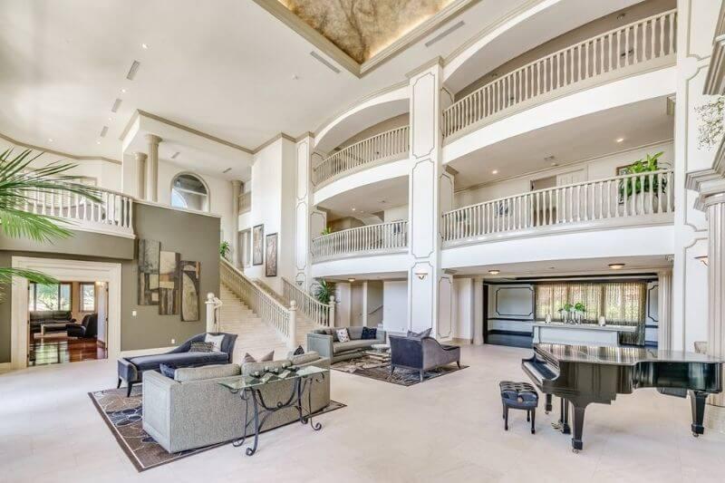 414 Riviera Isle in Fort Lauderdale luxury:#beverlyhillsmagazine #beverlyhills #bevhillsmag #florida #fortlauderdale #luxuryhome #dreamhome #414rivieraisle #buyahome #mansion