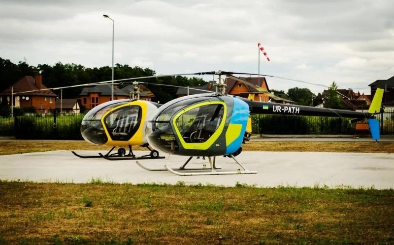 Brand New 3-seat Helicopter: The SL-231 Scout #beverlyhills #beverlyhillsmagazine #helicopter #buyahelicopter #shophelicopteronline #luxuryhelicopter #coolhelicopter #luxury #scout #3-seathelicopter #scout3-seat #2020brandnewscout3-seat