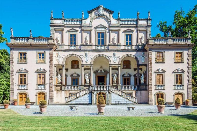 Villa Mansi: A Luxury Historic Mansion