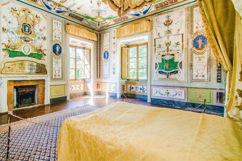 Villa Mansi: A Luxury Historic Mansion #luxury #realestate #homesforsale #celebrity #celebrityhomes #celebrityrealestate #dreamhomes #beverlyhills #bevhillsmag #beverlyhillsmagazine #italy