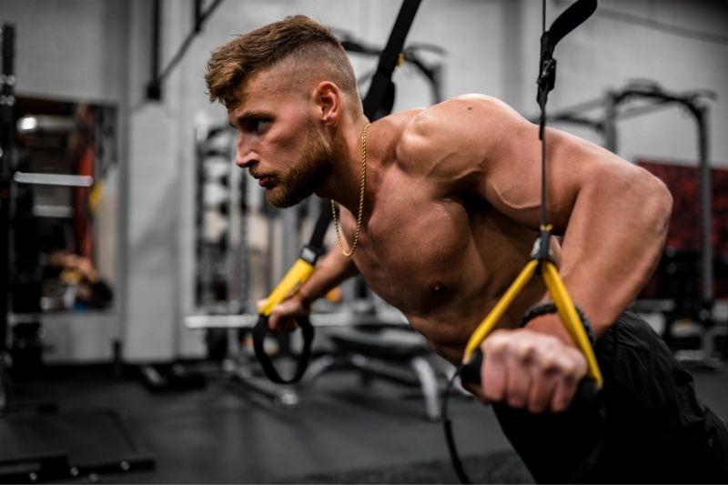 Celebrity Workout Secrets to Stay in Shape #biglifts #consistencyroutine #overalllifestyle #trainingstyle #celebrityworkoutplan #celebrityworkoutsecrets #beverlyhills #beverlyhillsmagazine
