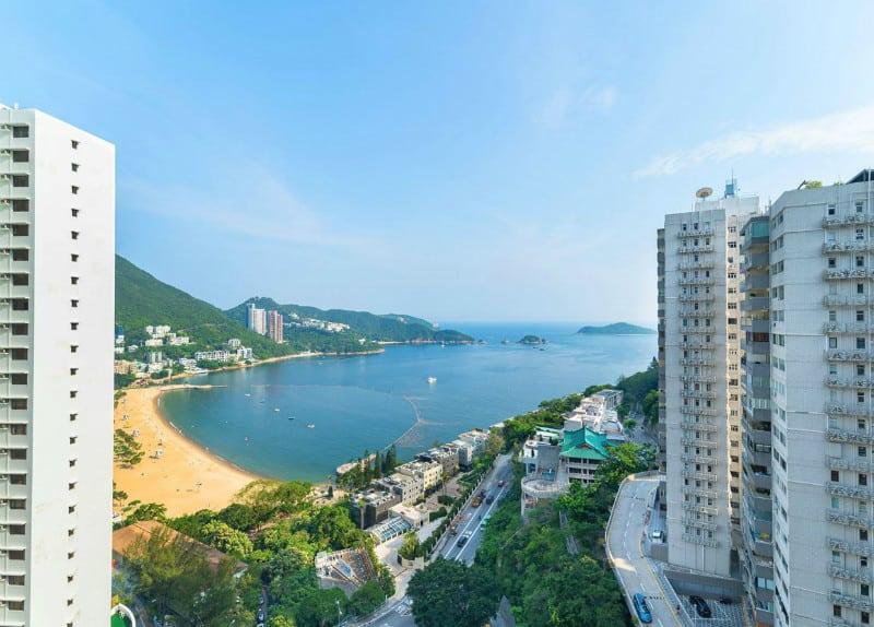 A #Luxury Apartment in Repulse Bay, Hong Kong #dream #homes #estates #beautiful #china #apartments #realestate #repulsebay #hongkong #mansions #homesweethome #luxuryhomes #dreamhomes #homesforsale #luxurylifestyle #beverlyhills #BevHillsMag