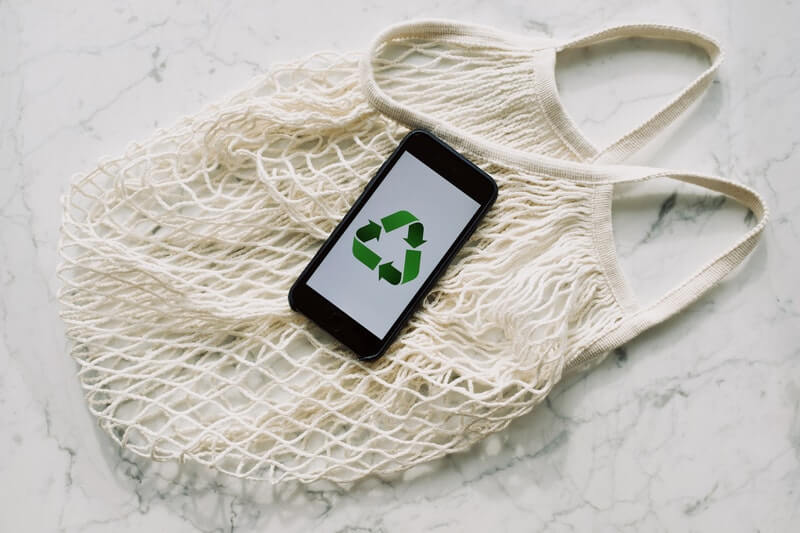 Choosing Eco-Friendly Clothing Correctly: #beverlyhills #beverlyhillsmagazine #ecofriendly #ecofriendlyclothing #fashion #recycling #environmentprotection #environmentalfriendly