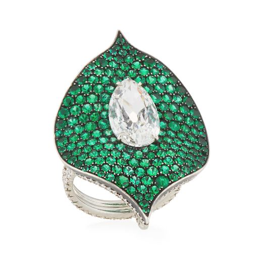 Emerald Diamond Ring #diamonds #whitegold #rings #earrings #white #gold #silver #Chopard #boucheron #lynnban #monicavinader #jewels #black #gemstones #beautiful #gems #beverlyhills #beautiful #shopping #shop #BevHillsMag