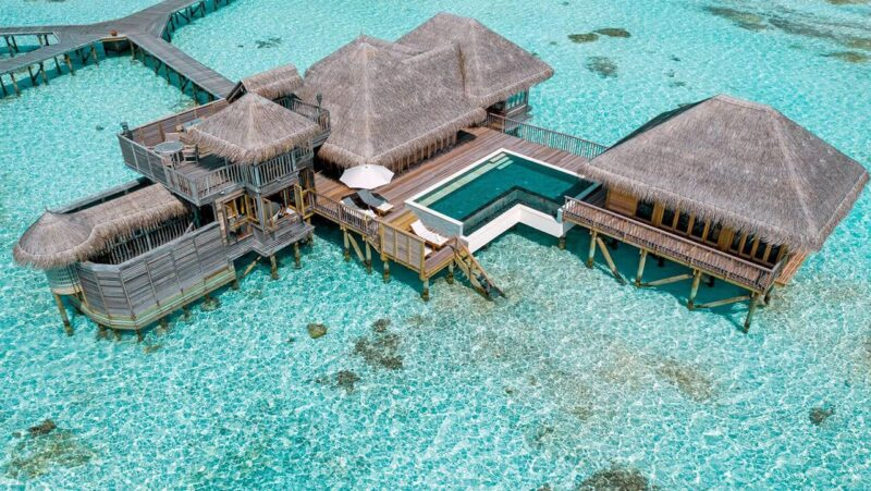 Beverly-Hills-Magazine-Gili-Lankanfushi-Travel-Destinations-Bucket-Lits-Hotels-3