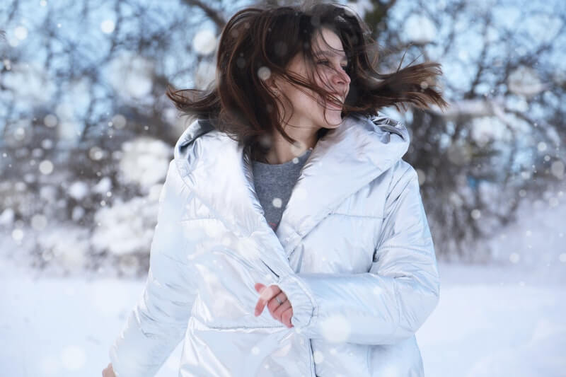 Hair Care Tips for People in Cold Countries: #beverlyhills #beverlyhillsmagazine #haircare #haircaretips #coldweather #coldcountries #hair #haircareforcoldweather #hairstyling