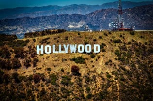 Luxury Sight Seeing in Los Angeles- Hollywood SIgn #losangeles #moviestars #celebrities #beverlyhills #beverlyhillsmagazine ##luxury #bevhillsmag #cars #rich #famous #travel #sightseeing