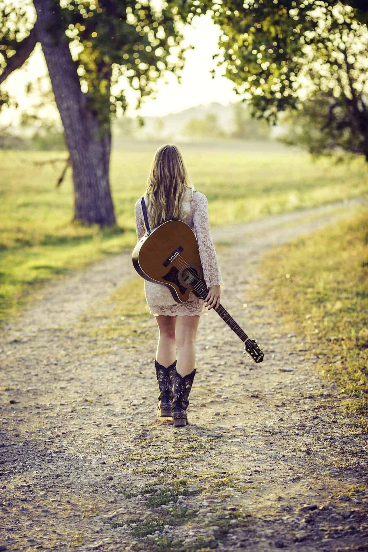 5 Ways To Become More Like Your Musical Heroes #musician #music #entertainment #beverlyhills #beverlyhillsmagazine #bevhillsmag