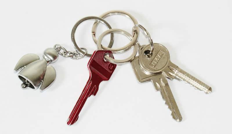 Different Keychain Styles For You #style #keychains #keychain #styles #fashion #beverlyhills #bevhillsmag #beverlyhillsmagazine