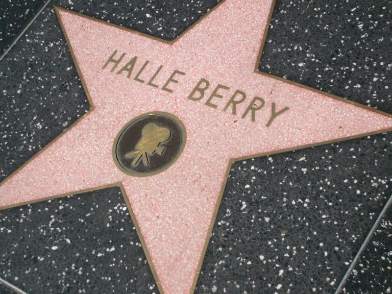Luxury Sightseeing in Los Angeles- Hollywood Walk of Fame #losangeles #moviestars #celebrities #beverlyhills #beverlyhillsmagazine ##luxury #bevhillsmag #cars #rich #famous #travel #sightseeing