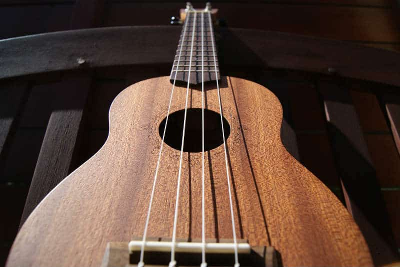 How To Find The Best Ukulele Straps #music #instruments #ukelele #beverlyhillsmagazine #bevhillsmag #beverlyhills