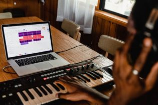 How to Create Music on Your Computer #music #digital music