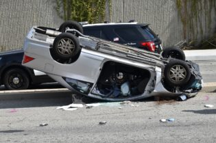 How to Help Your Recovery From a Car Accident:#beverlyhills #beverlyhillsmagazine #caraccident #accidents #legalmatters #trauma #accidentrecovery #mental health #health