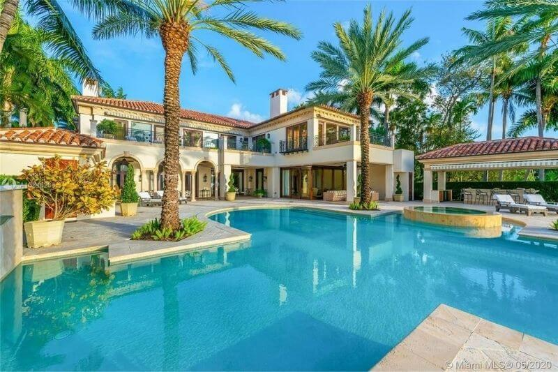 J-Lo & A-Rod's New Florida Home:#beverlyhills #beverlyhillsmagazine #j-lo&a-rod #jenniferlopez #alexrodriguez #floridahome #realestate #celebrities #celebrityhomes #luxuryhomes #mansions