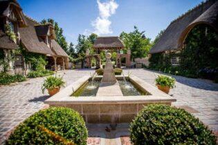 Le Domaine D'Ablon Luxury Resort:#beverlyhills #beverlyhillsmagazine #bevhillsmag #LeDomaineD'Ablon #france #holidaydestination #vacation #bucketlist #luxuryhotels #luxuryresorts #vacationhotels
