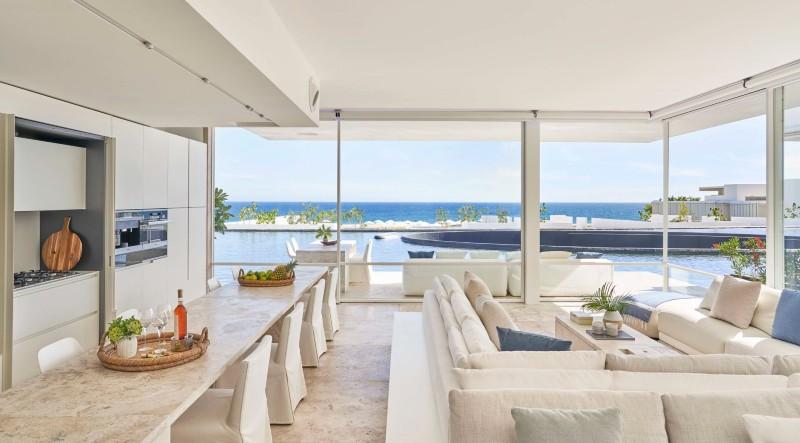 Beverly Hills Magazine Los Cabos Resort Suite