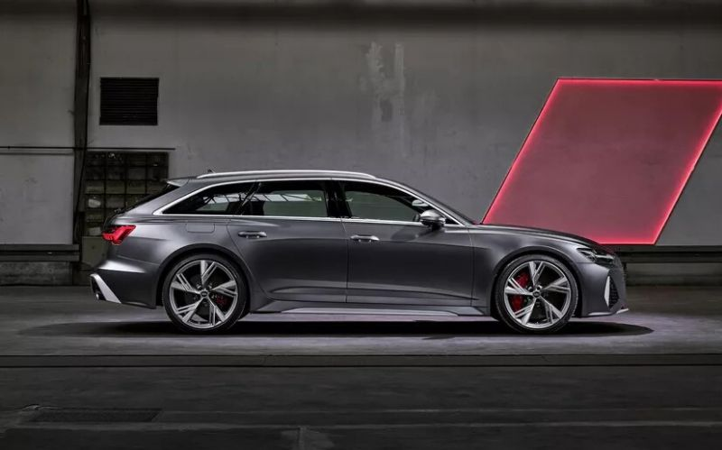 Luxury Sports Wagon: The 2020 Audi RS6 Avant #dreamcars #coolcars #luxurycars # fastcars #cars #carmagazine #sportcars #audi #audiRS6 #audiRS6avant #luxurywagon