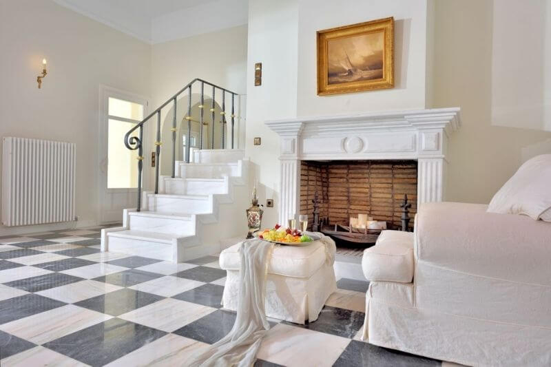 Majestic Ambience Luxury Home:#beverlyhillsmagazine #beverlyhills #bevhillsmag #majesticambience #luxuryhome #greece #vacationhomes #dreamhome #luxury #realestate