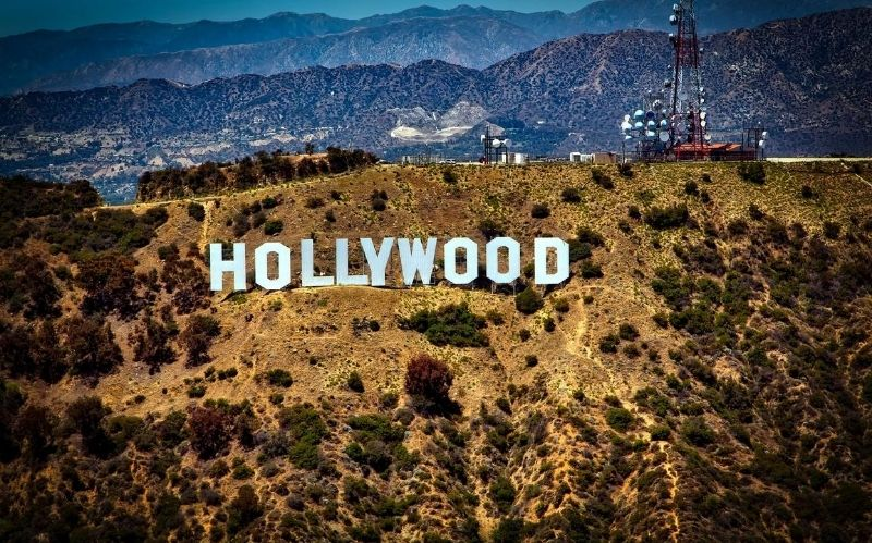 Making It in Hollywood: Tips on How to Get Noticed #beverlyhills #beverlyhillsmagazine #hollywood #makingitinhollywood #acting #movieindustry #filmschool #noauditionissmall #networking #biggestfilmindustry #bevhillsmag
