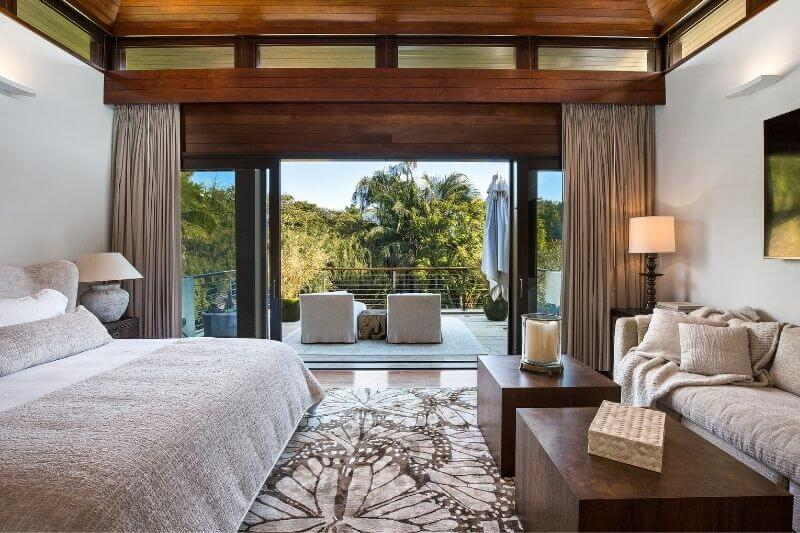 Matt Damon's Pacific Palisades Mansion:#beverlyhillsmagazine #beverlyhills #bevhillsmag #mattdamon #pacificpalisades #pacificpalisadehomes #luxuryhomes #vacationhome #celebrityhomes #hollywood