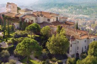 An Exclusive Vacation at Chateau Saint-Martin & Spa