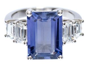 Sapphire Diamond Ring. BUY NOW!!! #shop #fashion #style #shop #shopping #clothing #beverlyhills #handbags #purses #handbags #shopping #diamonds #diamondring #blue #rings #jewelry #jewellery #beverlyhillsmagazine #bevhillsmag