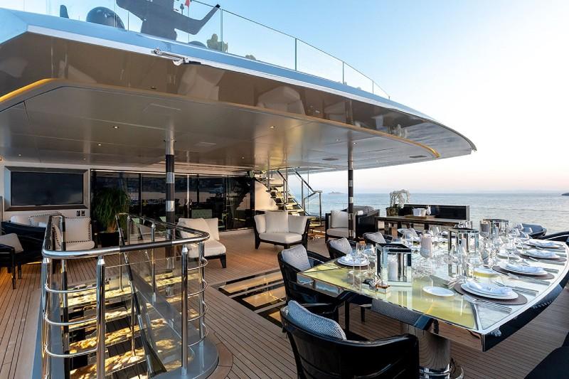 Beverly Hills Magazine luxury yacht deck