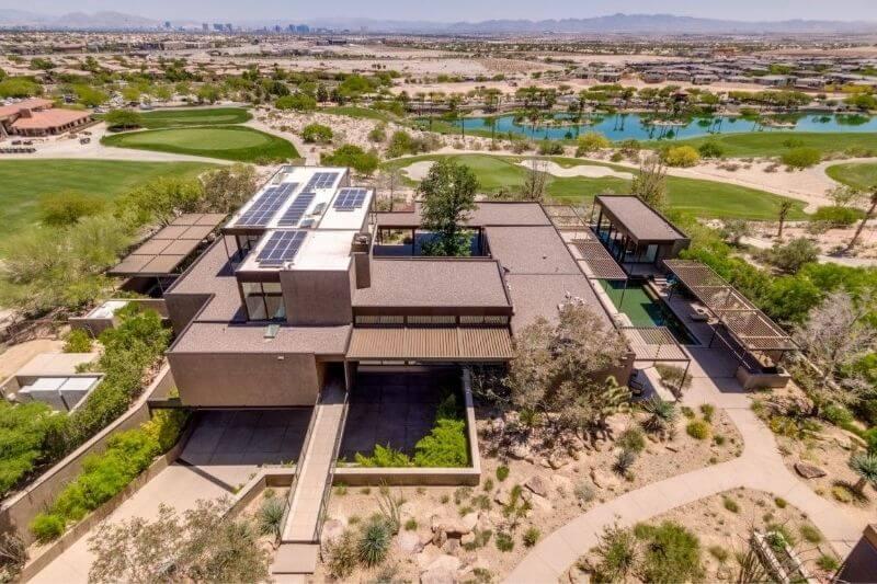 SkySpace - Las Vegas Ultra Contemporary with Unique Light Art!:#beverlyhills #beverlyhillsmagazine #skyspace #jim murrel #lightart #luxuryhomes #deserthomes #celebrityhomes #lasvegas #celebrity #modernhomes