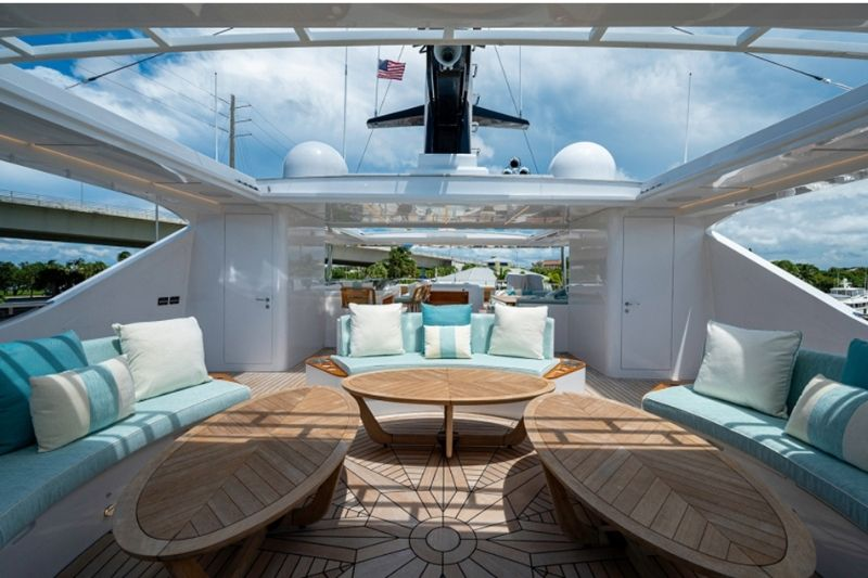 The Best Yachting Vessel: Majesty 140' #beverlyhills #beverlyhillsmagazine #bevhillsmag #superyacht #luxuryyacht #coolyacht #majesty140' #majesty #Gulfcraft #2020majestyyacht #yachtlife #yachting #yachtingvessel #yachtsmen #idealyacht