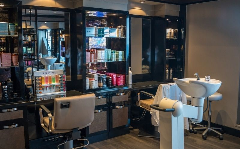 The Top 8 Haircuts For a Fresh Start in 2021 #beverlyhillsmagazine #beverlyhills #haircut #hairstylist #haircuttrends #freshstart #styleshorthair #lifestyleappointment