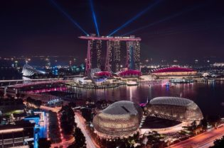 The Ultimate Guide to Luxurious Living in Singapore #singapore #travelling