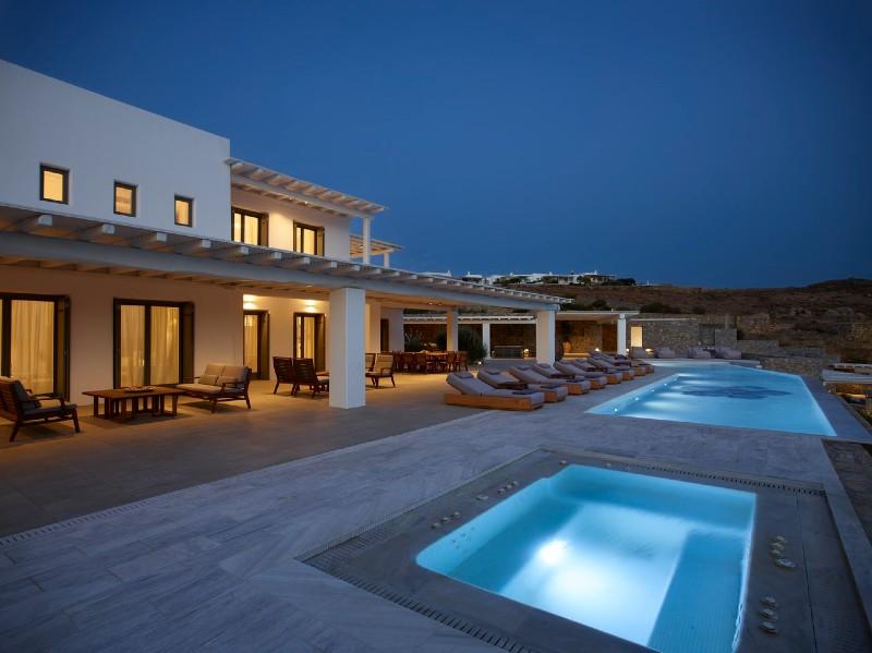 Beverly Hills Magazine Top 3 Vacation Luxury Villas in Greece Villa Blue Emerald