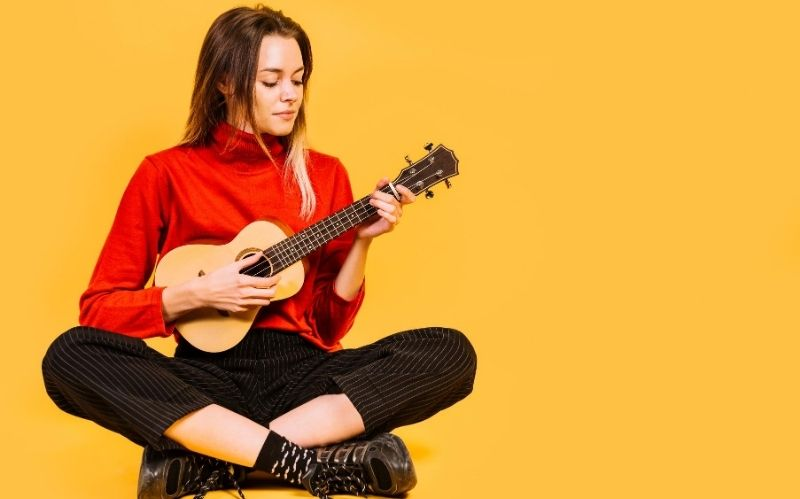 Top 4 Reasons Why You Need to Learn to Play the Ukulele #beverlyhills #beverlyhillsmagazine #ukulele #ukulelepopularity #ukuleleplayers #instrumentstolearn #beautifulukuleleforsale #portable #music