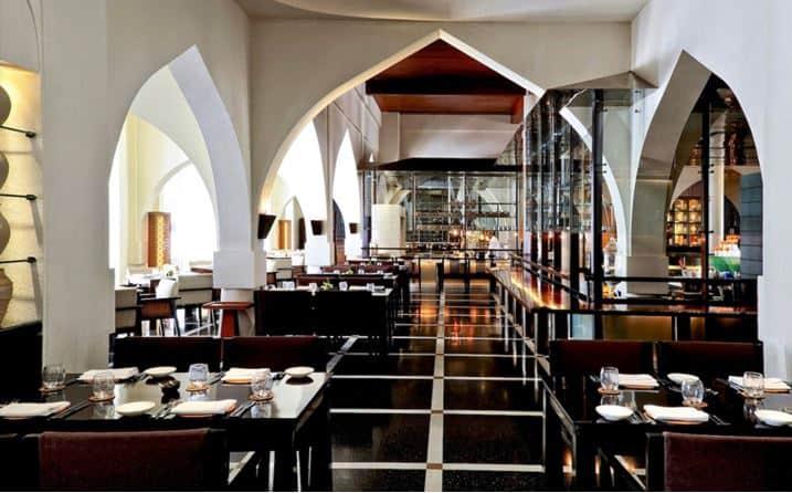Best Hotels for Luxury Stays in Muscat #oman #middleeast #travel #luxury #vacation #besyhotels #hotel #beverlyhills #beverlyhillsmagazine #bevhillsmag