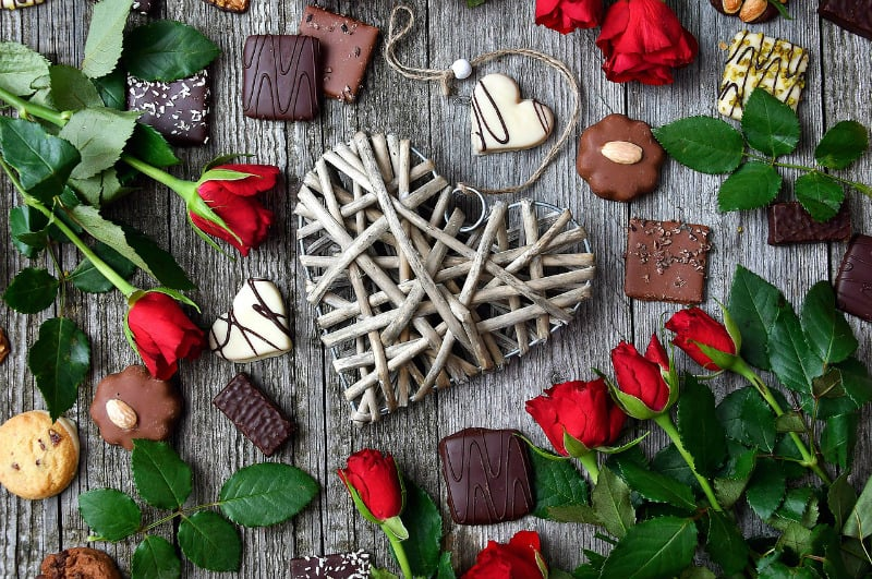 How To Choose The Best Online Gift Store #gifts #giftstores #onlinegifts #bouquets #chocolates #love #bevhillsmag #beverlyhills #beverlyhillsmagazine