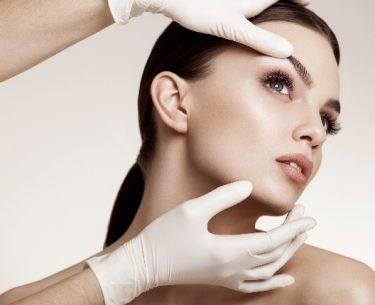 5 Reasons Why People Get A Facelift #beauty #beautiful #plasticsurgery #beverlyhills #beverlyhillsmagazine #cosmeticsurgery #vanity