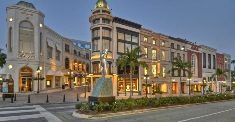 Two Rodeo Drive 3D Show