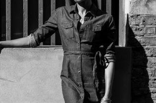 Hollywood's British Beauty: Naomie Harris #celebrities #moviestar #blackbeauty #actress #blackpanther #bevhillsmag #beverlyhills #beverlyhillsmagazine