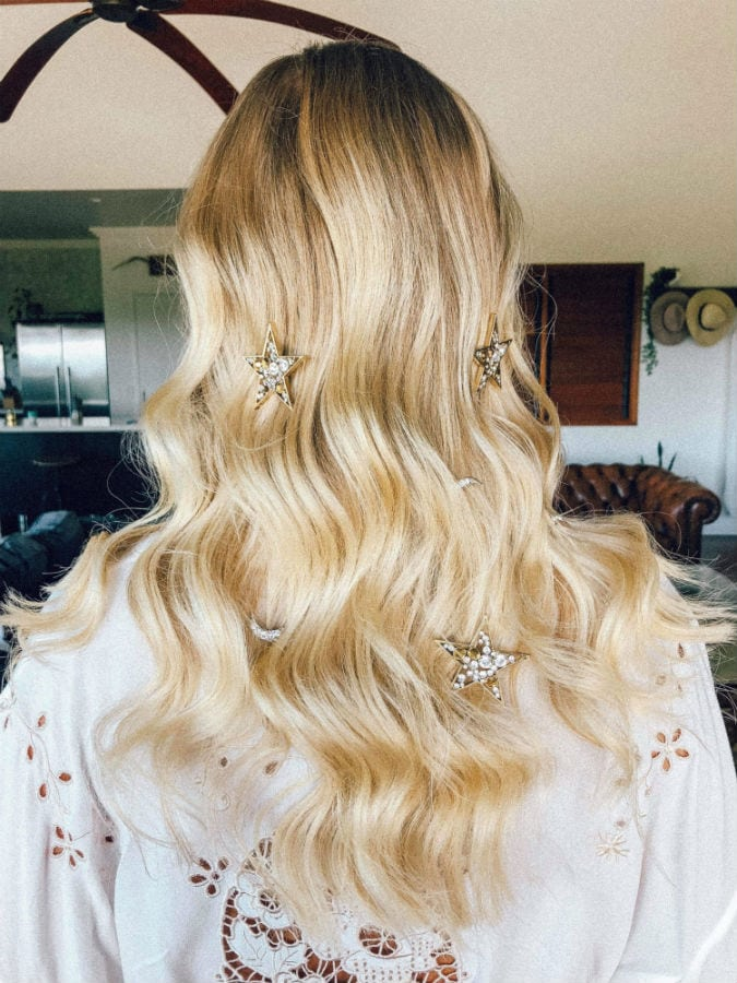 Gorgoeus Bridal Hairstyle With Star Jewelry Accessories