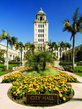 BeverlyHills_City_Hall-Beverly-Hill-Magazine-Hollywood-Magazines-Beverly-Hills-News.